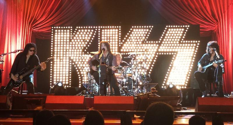 An Acoustic Evening with KISS | Paul Stanley